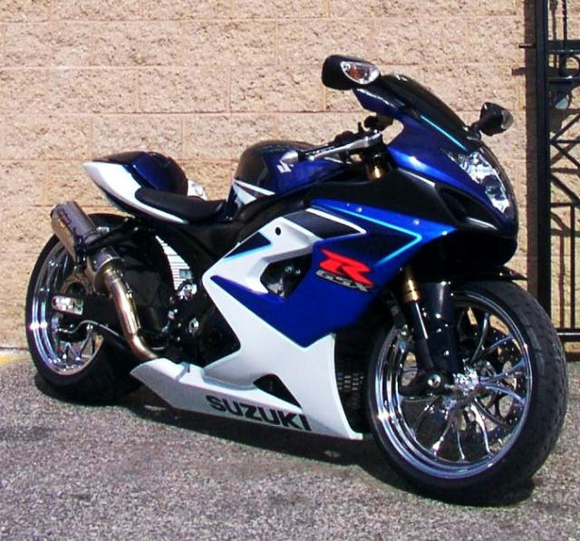 All Black Suzuki Motorcycles